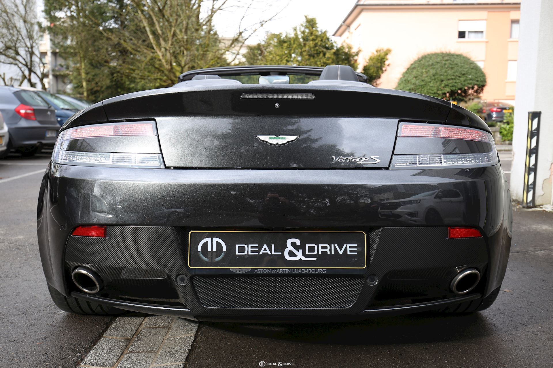 ASTON MARTIN VANTAGE S ROADSTER SP10 Special Edition Deal & Drive