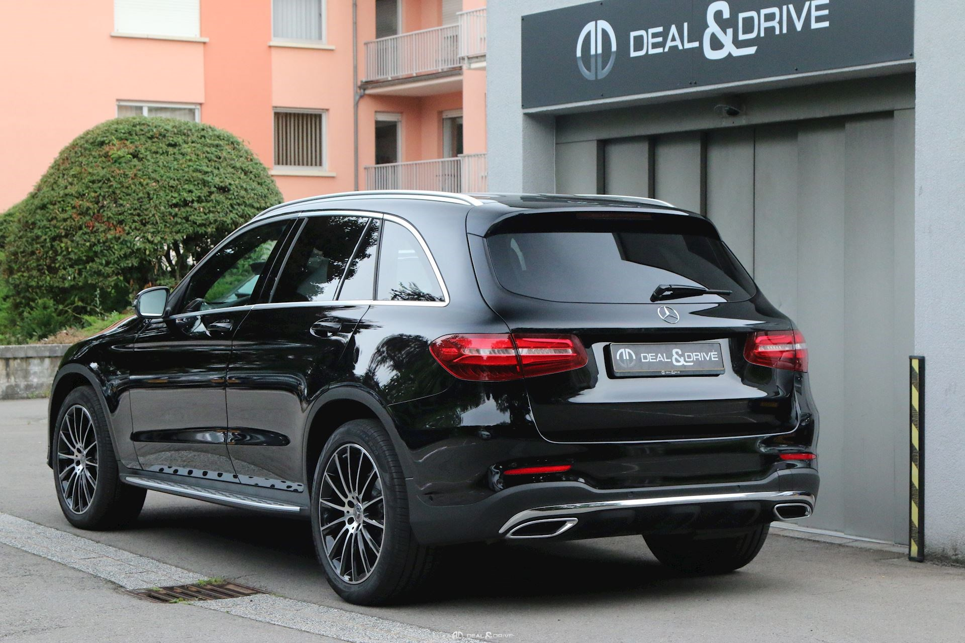mercedes glc 250 d amg line 4matic 9g tronic deal drive. Black Bedroom Furniture Sets. Home Design Ideas